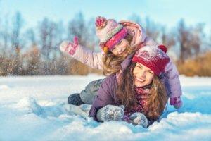 Diese Stoffe halten im Winter besonders warm